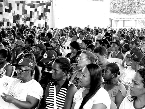 More than 500 women participate in political education in a meeting in Bahia